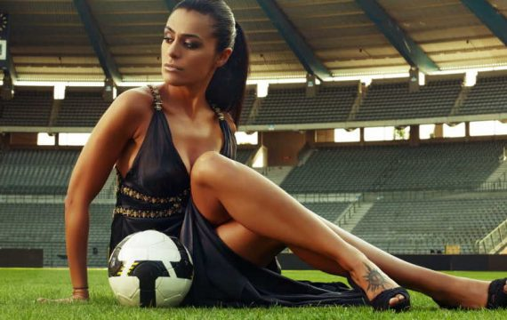 Do Female Footballers Wear Makeup? Grab The Complete Details Here Now!